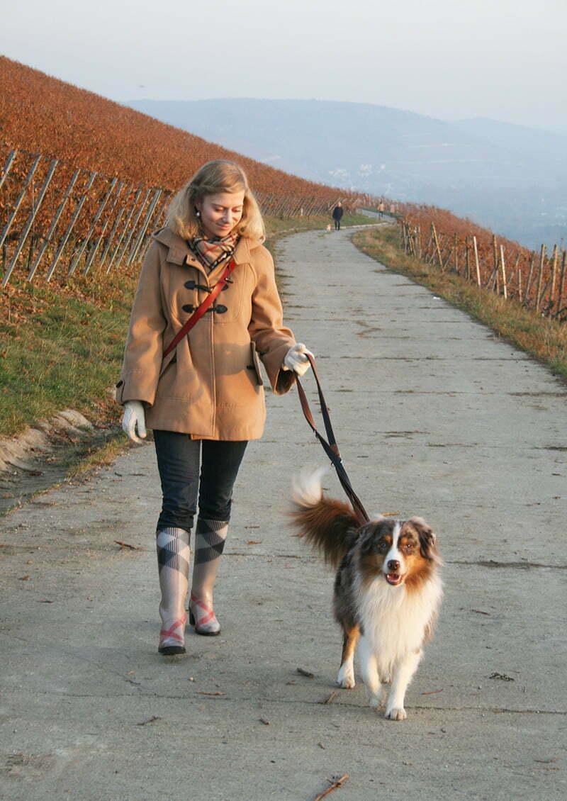 Daniela Uhrich vom Lady-Blog trägt Gummistiefel von Burberry