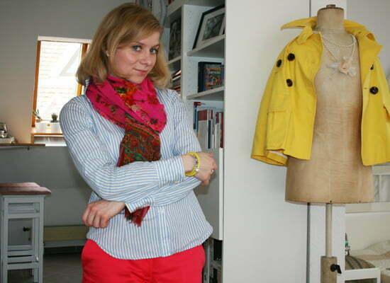 Daniela Uhrich mit einem Charity-Armband von Yana Nesper