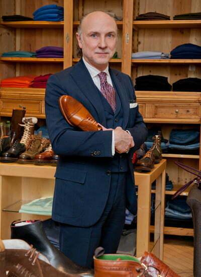 Dieter Kuckelkorn ist einer der bekanntesten deutschen Schuhmacher