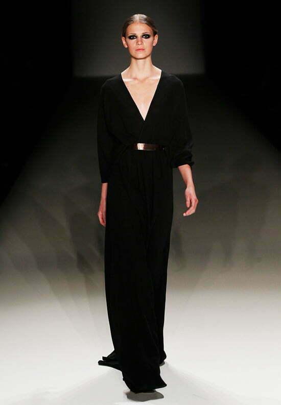 Dawid Tomaszewski Show - Mercedes-Benz Fashion Week Autumn/Winter 2013/14