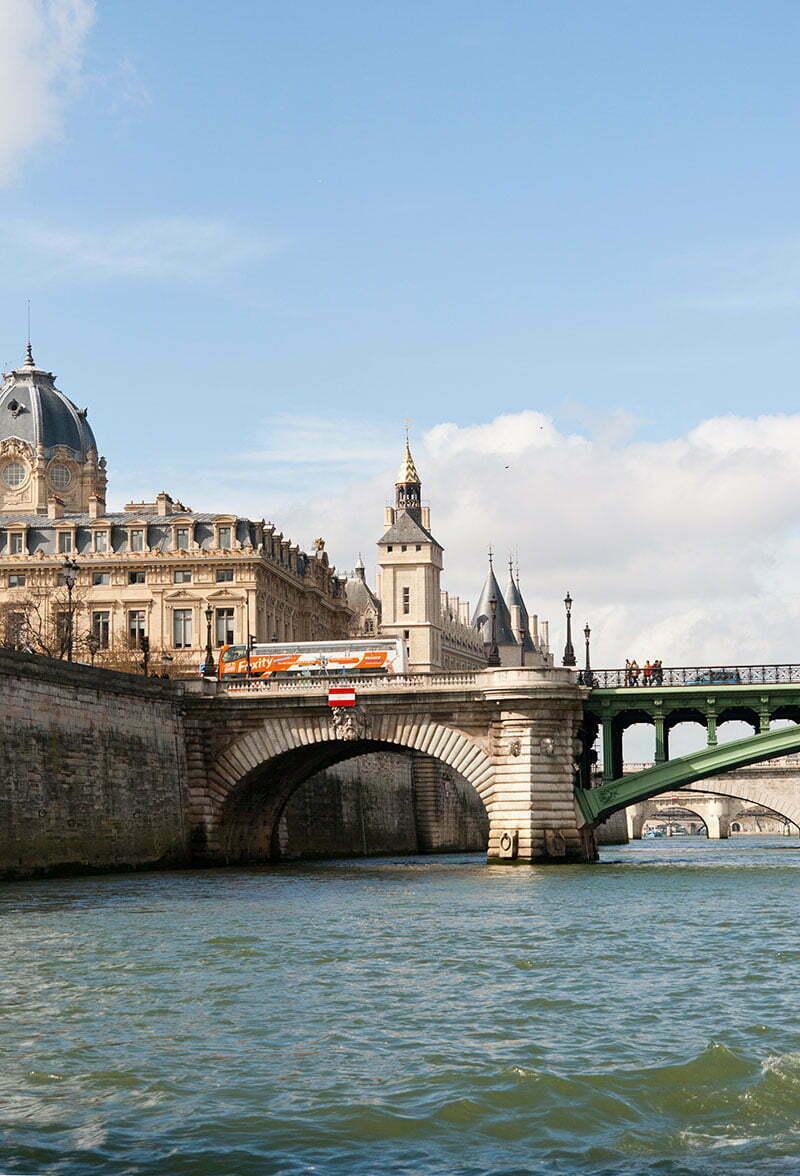 Paris-Tipps: Eine Bootsfahrt durch Paris