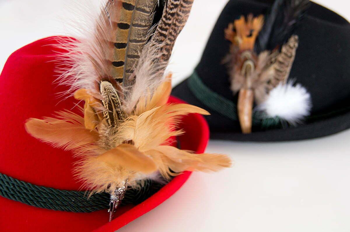 Gewinnt einen Trachtenhut oder -fascinator von Alpenflüstern!
