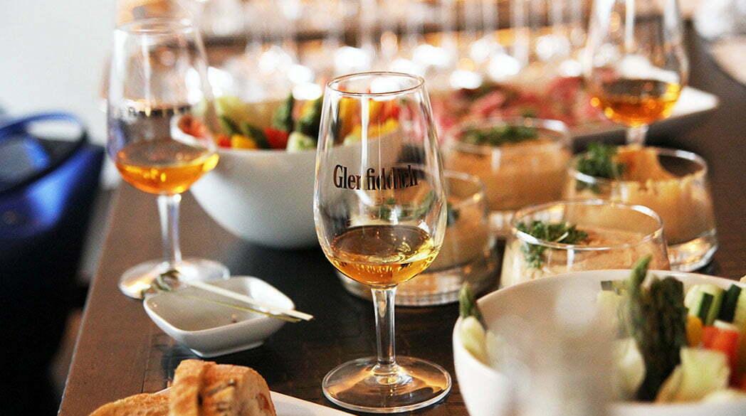 Frauen und Whisky: Eine kulinarische Whisky-Probe