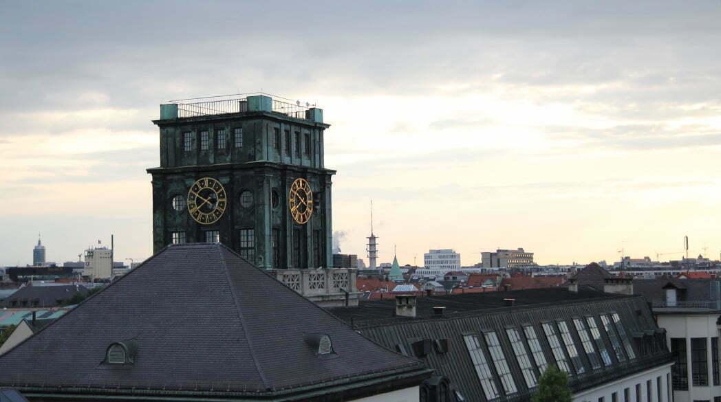 Mit DKNY über den Dächern von München