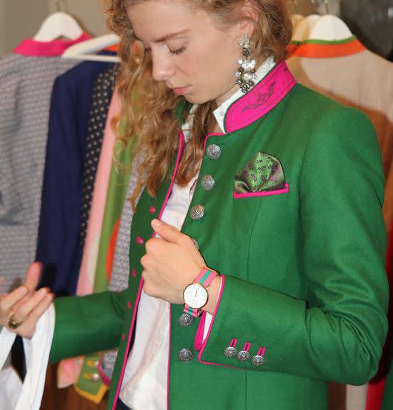 Bloggerin Daniela Uhrich trägt einen Janker von der Münchner Manufaktur