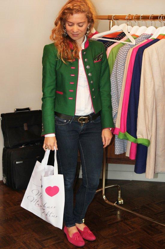 Daniela Uhrich vom Lady-Blog trägt einen Janker von der Münchner Manufaktur