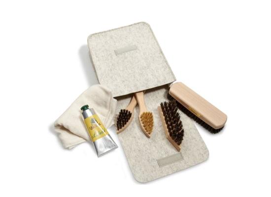 Servus am Marktplatz: Schuhpflege-Set