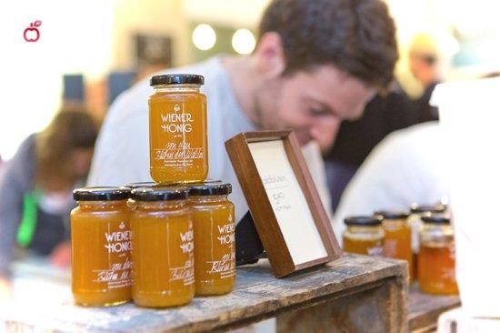 Wiener Honig bei der Markterei in Wien