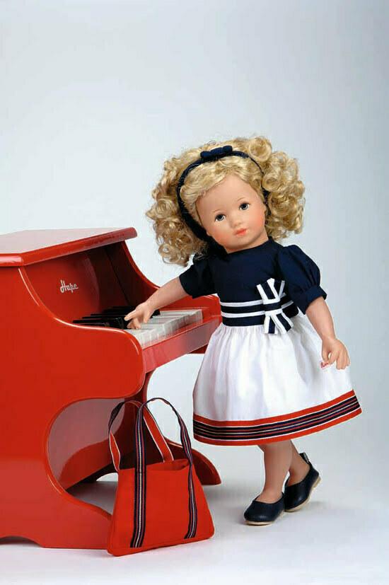 Käthe-Kruse-Puppe in Kooperation mit Jacadi