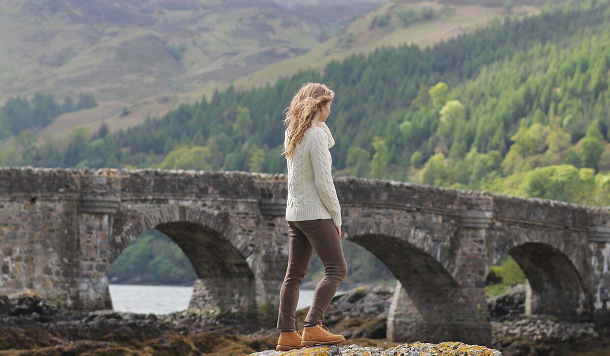 Outfitpost: Mit Schafwollpulli in Schottland