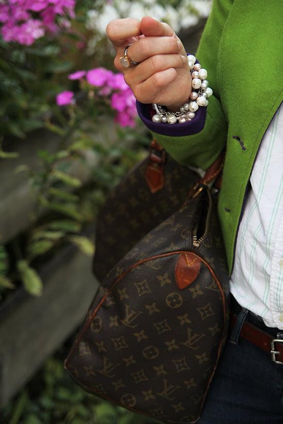 Daniela Uhrich vom Lady-Blog trägt Janker und eine Vintage Louis Vuitton