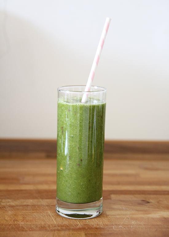 Grüner Smoothie mit Gerstengras von jomu