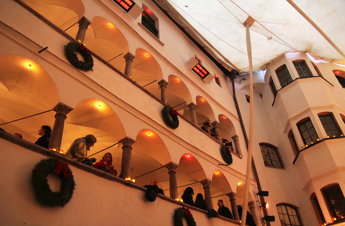Zu Besuch bei der Ameranger Schlossweihnacht