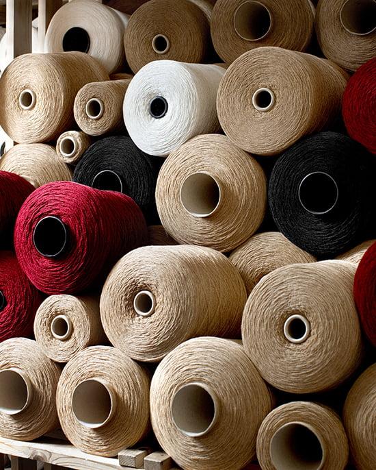Burbery-Schal: Die aufwändige Herstellung
