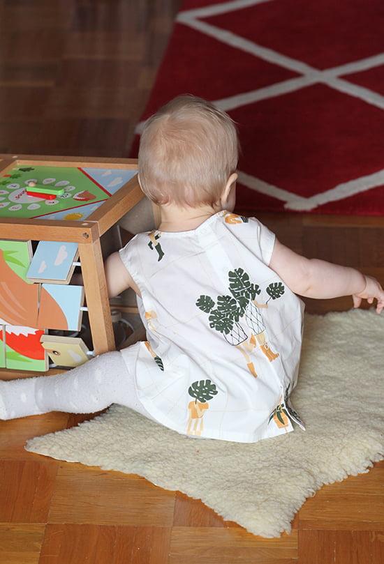 Littlehipstar: Bluse von Tinycottons mit Gartendruck