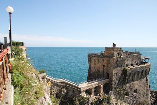 Amalfi-Küste: die berühmte Strada Statale 163 Amalfitana