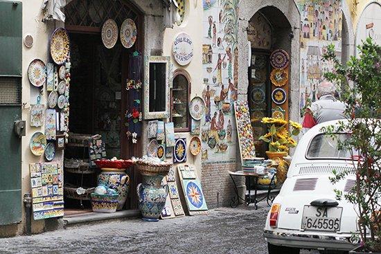 Amalfi-Küste: Künstlerdorf Vietri