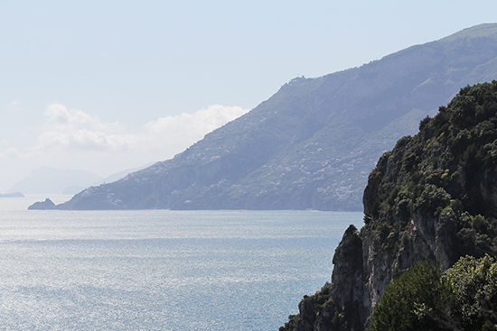 Die Amalfiküste am frühen Morgen