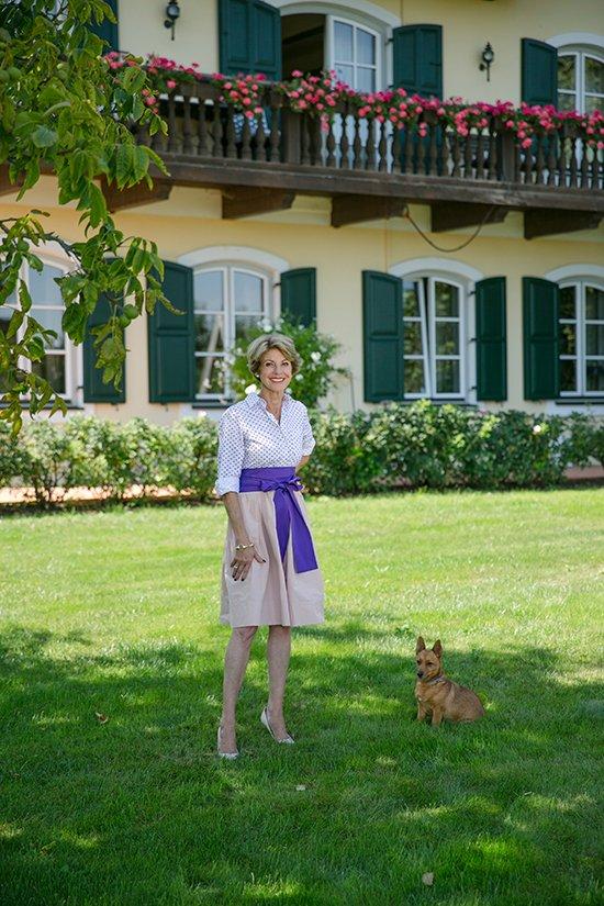 Powerfrau und Stilikone: Susanne Michalke vor Gut Daxau