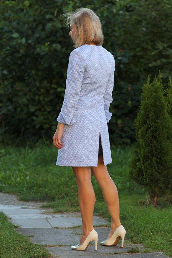 Daniela Uhrich vom Lady-Blog trägt einen Maßmantel von Dolzer