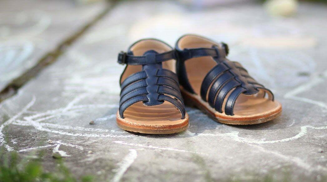 Sandalen von Menthe et Grenadine