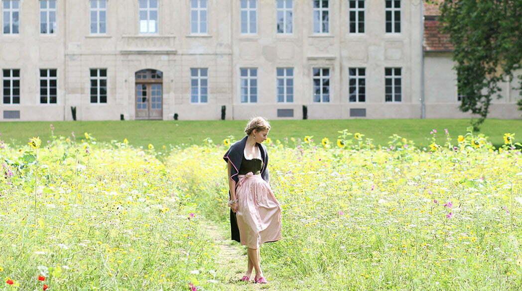 Outfitpost: Ein Tuch, zwei Styles – der Dirndl-Look