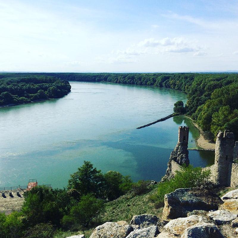 Ausblick von der Burgruine Devín (Burg Theben)