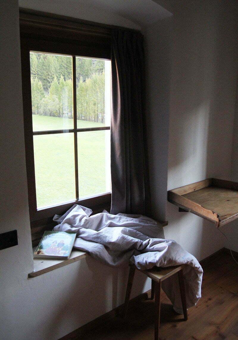 Alpin-Lodge Josephus im Schnalstal: maßgeschneiderte Lodenvorhänge