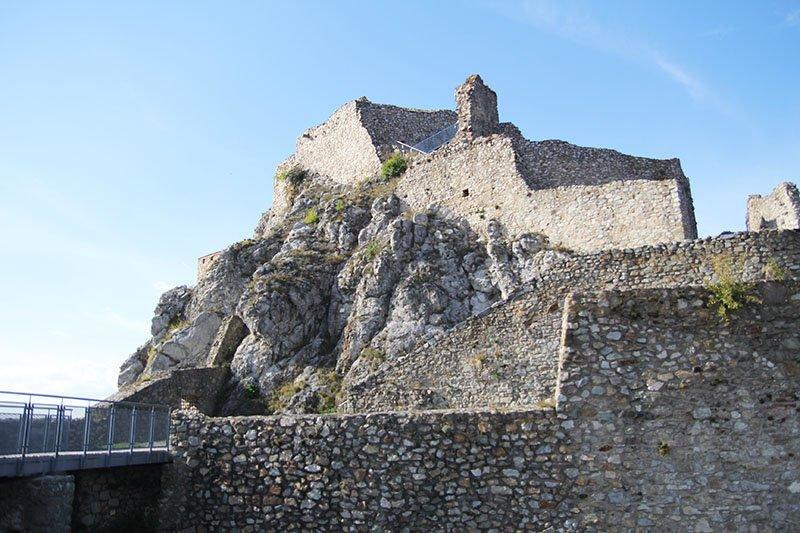 Bratislava-Tipp: Die Burg Theben