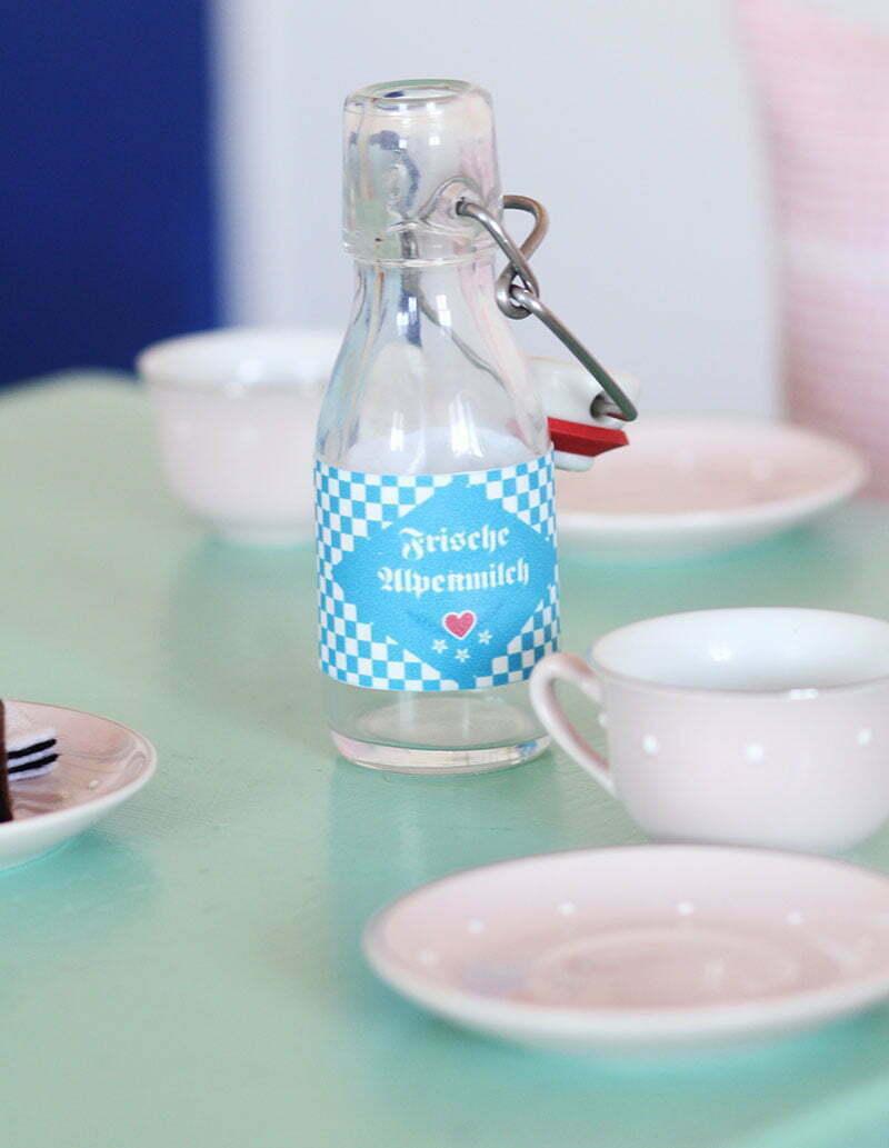 Vorlage Milchflasche für die Kinderküche