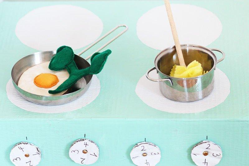 Playfood: Ei, Brokoli, Nudeln aus Filz