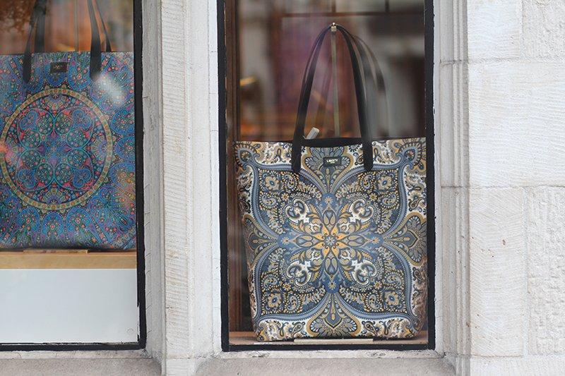 Liberty London: Mit den berühmten Liberty-Drucken wird das Kaufhaus bis heute in Verbindung gebracht