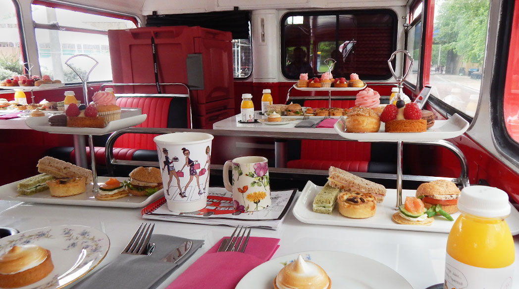 Mit dem Afternoon-Tea-Bus unterwegs durch London