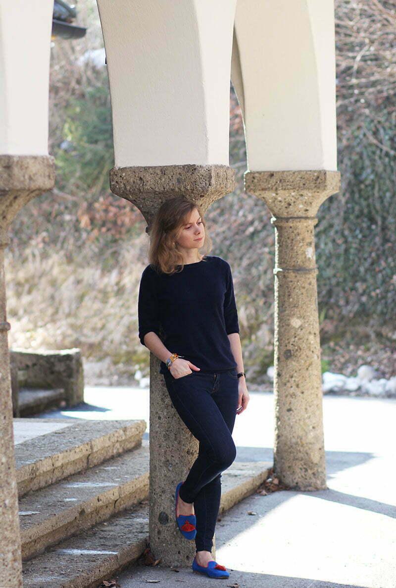 Daniela Uhrich vom Lady-Blog mit einem Kaschmirpullover von Charles Robertson