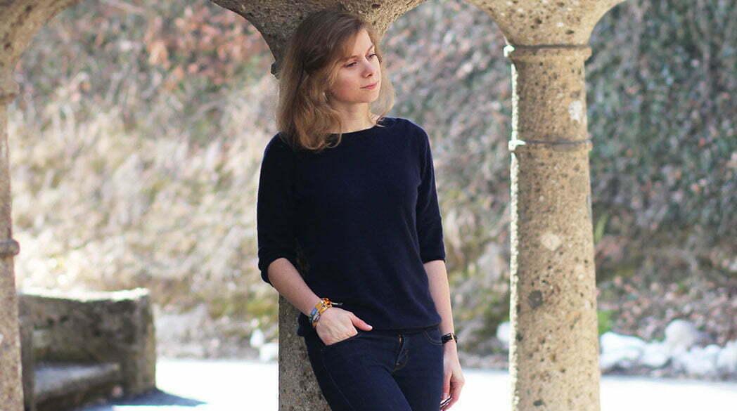 Daniela Uhrich vom Lady-Blog in einem Kaschmirpullover
