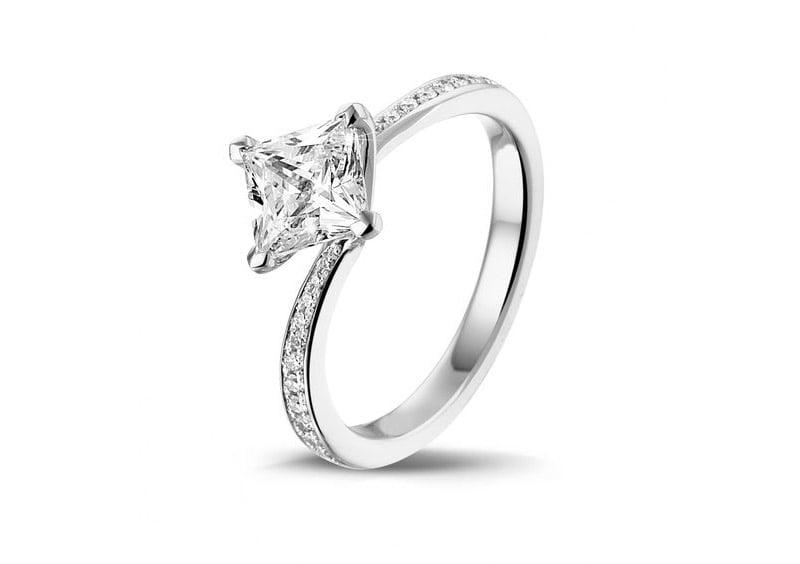Diamanten-Solitärring von BAUNAT