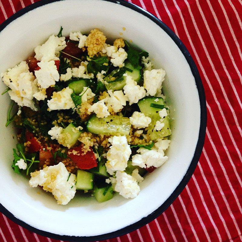 Taboulé: Couscous mit Feta und Zitronenmelisse