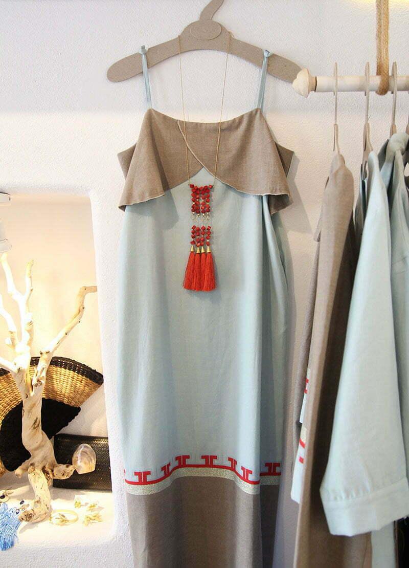 Griechische Mode: Kleid von Ergon Mykonos