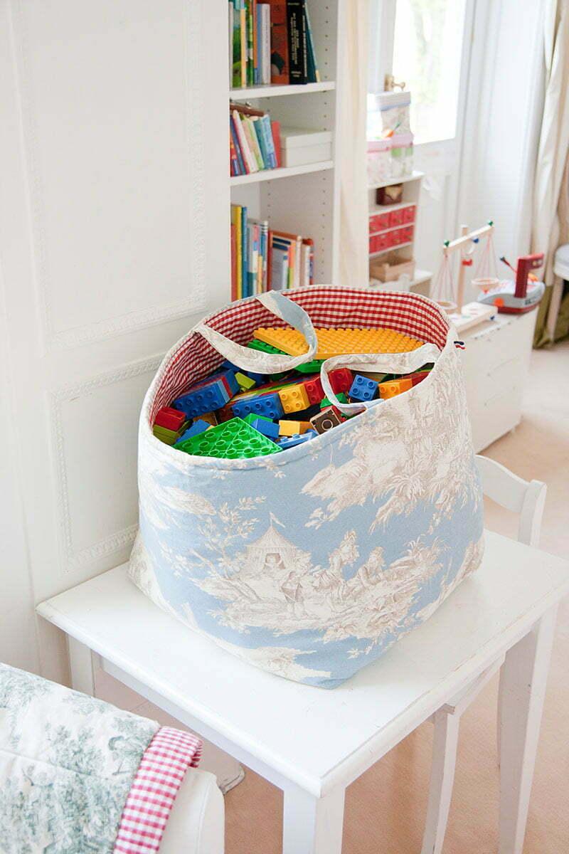 Linodi: Toile-de-Jouy Spielzeugkorb