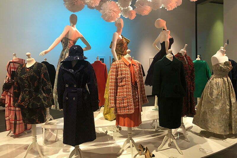 Chanel, Dior, Pucci ... Modemythen der 50er bis 70er Jahre