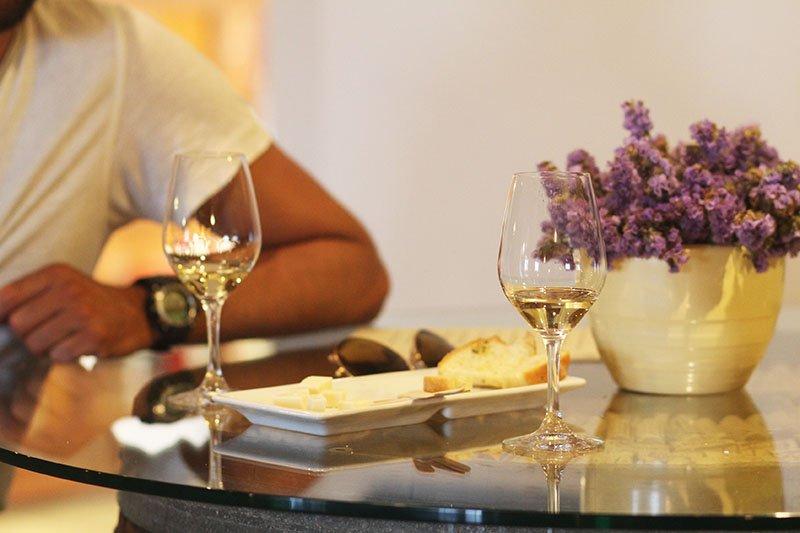 Eine Weinprobe bei Moraitis auf Paros