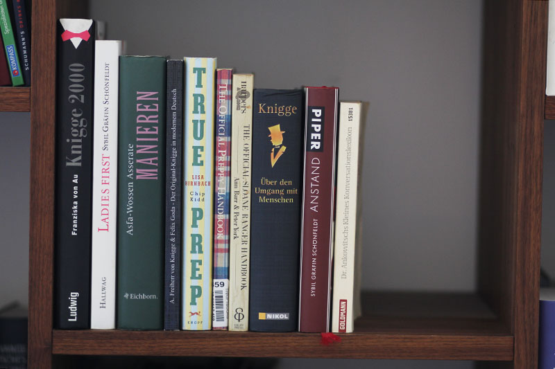 Die zehn besten Benimmbücher und Kniggeratgeber