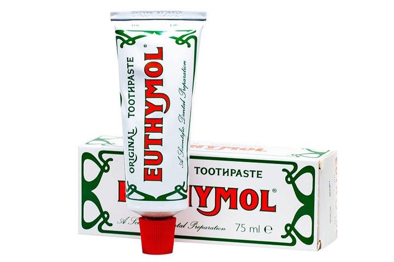 Kosmetik bei Downton Abbey: Zahncreme von Euthymol