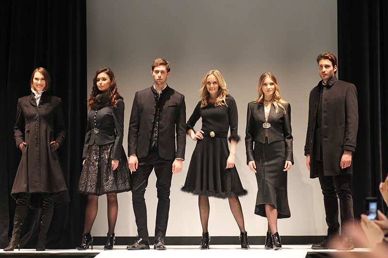 Tracht bei Nacht: Mothwurf Fashion-Show