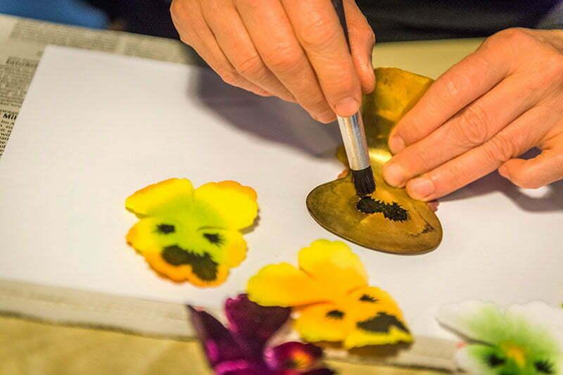 Knopflochblume aus Seide von Deutsche Kunstblume Sebnitz