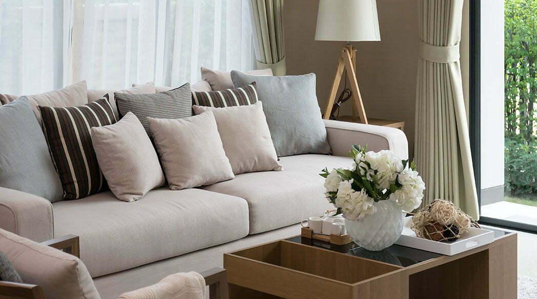 Welcher Wohnzimmertisch passt zum Sofa?