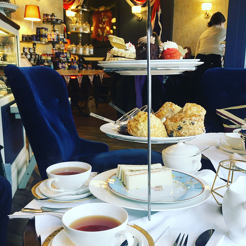 Tea-Time in Hamburg: Eaton Place