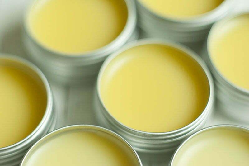 Lippenpflege aus Bienenwachs selber machen