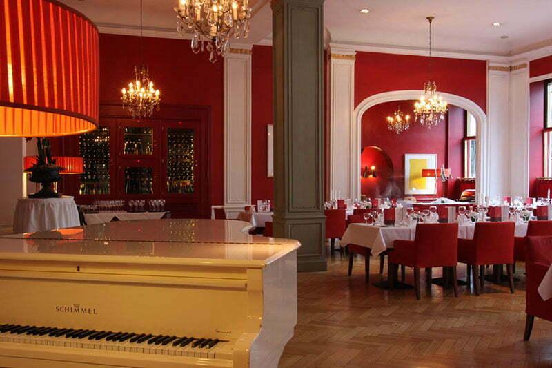 West-Berlin Tipps: Das Restaurant Weinrot im Savoy Hotel