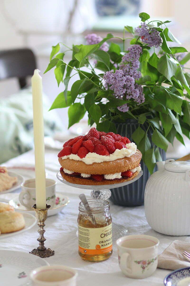 Tea Time: Victoria Sponge Cake
